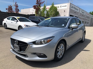2017 Mazda Mazda3 GS**HATCHBACK**GREAT CONDITION Hatchback