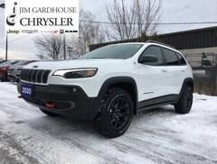 2020 Jeep Cherokee Trailhawk Elite 4x4, Leather, GPS SUV