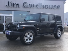 2014 Jeep Wrangler Unlimited Sahara 4x4, Heated Seats, Leather SUV
