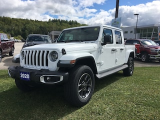 2020 Jeep Gladiator Overland 4x4, Leather, Heated Seats Truck Crew Cab
