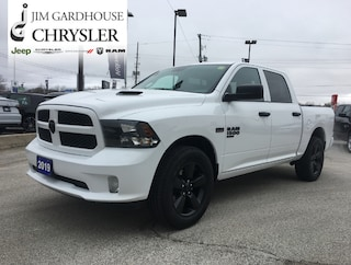2019 Ram 1500 Classic Express 4x4, Remote Start, Heated Seats Truck Crew Cab
