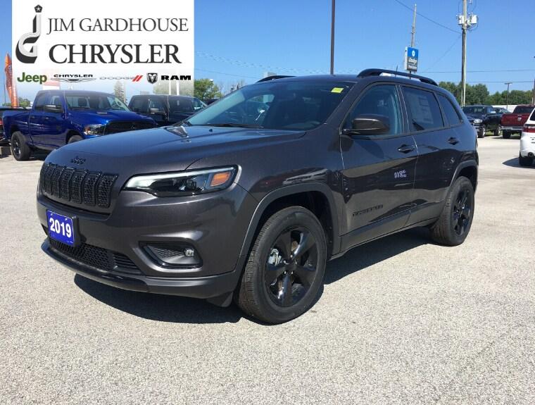 2019 Jeep New Cherokee Altitude 4x4 GPS, Tow Pkg, Remote Start SUV
