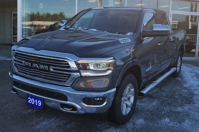 2019 Ram All-New 1500 Laramie 4x4, Leather, Sunroof, GPS Truck Crew Cab