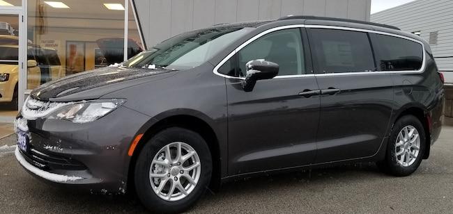2019 Chrysler Pacifica LX, Backup Cam, Bluetooth, GPS, Heated Seats Van