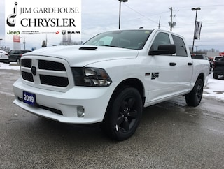 2019 Ram 1500 Classic Express 4x4, Heated Seats, Remote Start Truck Crew Cab