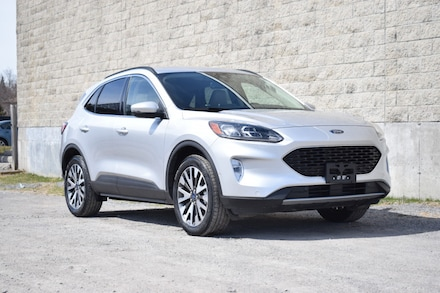 2020 Ford Escape Titanium | NAV | Dual Climate| SUV DYNAMIC_PREF_LABEL_INVENTORY_FEATURED_USED_INVENTORY_FEATURED1_ALTATTRIBUTEAFTER