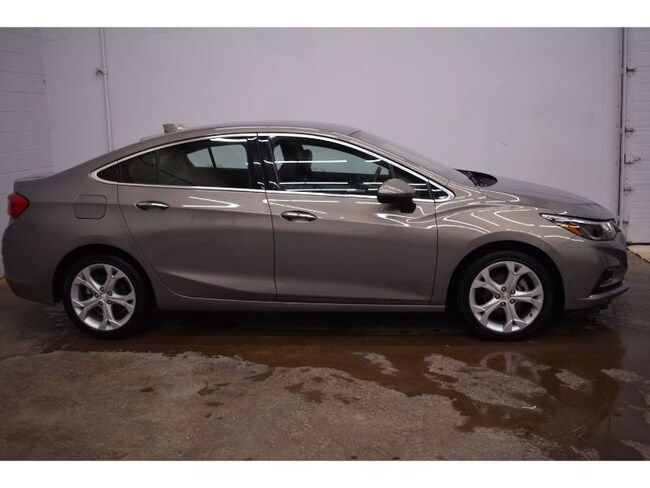 2018 Chevrolet Cruze Premier - Backup CAM * Leather * Heated Seats Sedan