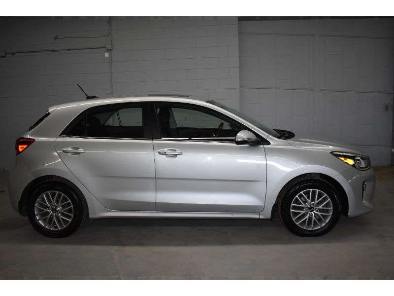 2018 Kia Rio EX Hatchback DYNAMIC_PREF_LABEL_INVENTORY_FEATURED_USED_INVENTORY_FEATURED1_ALTATTRIBUTEAFTER