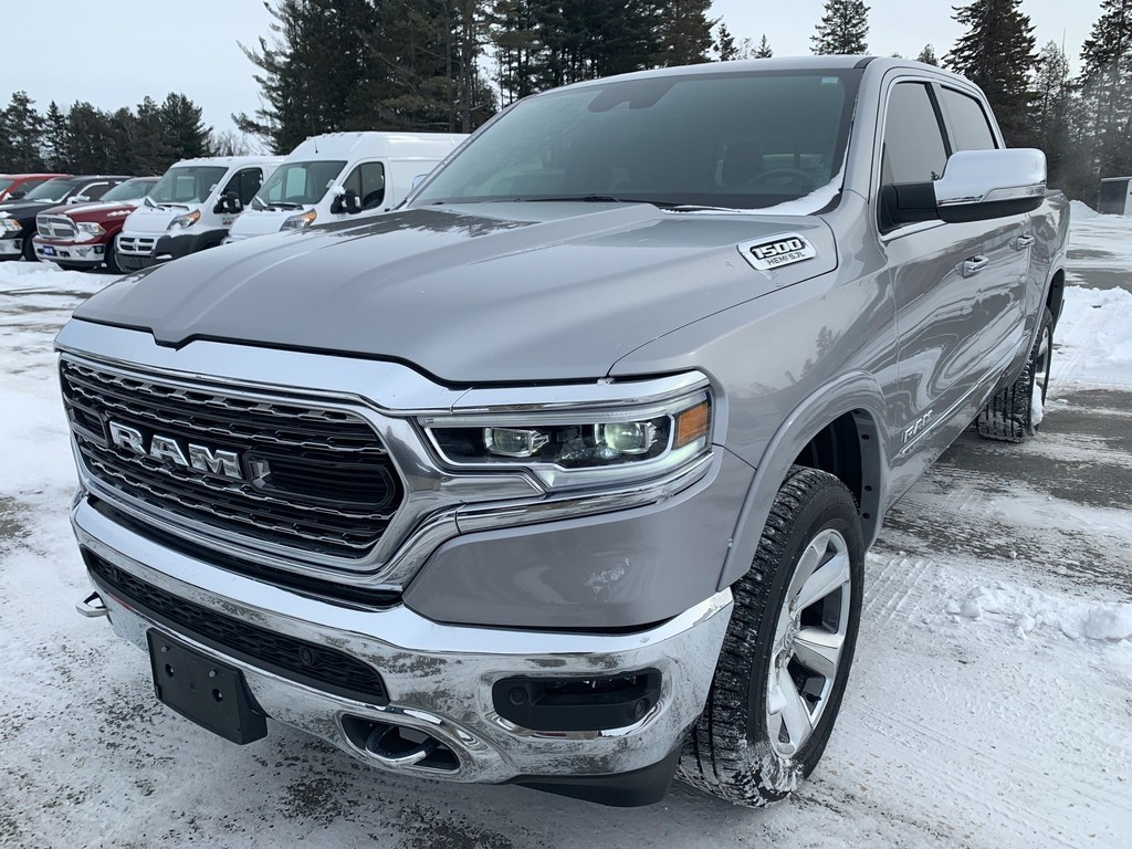 2019 Ram 1500 Limited - Loaded - Pano Roof - Park Assist Crew Cab