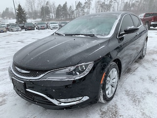 2015 Chrysler 200 C - Nav - V6 - Heated/Vented Leather Sedan