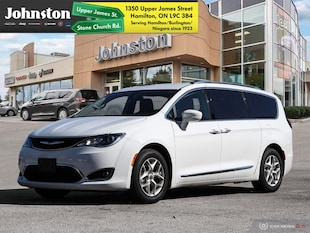 2018 Chrysler Pacifica 8 Passenger   U-Connect Theater Van