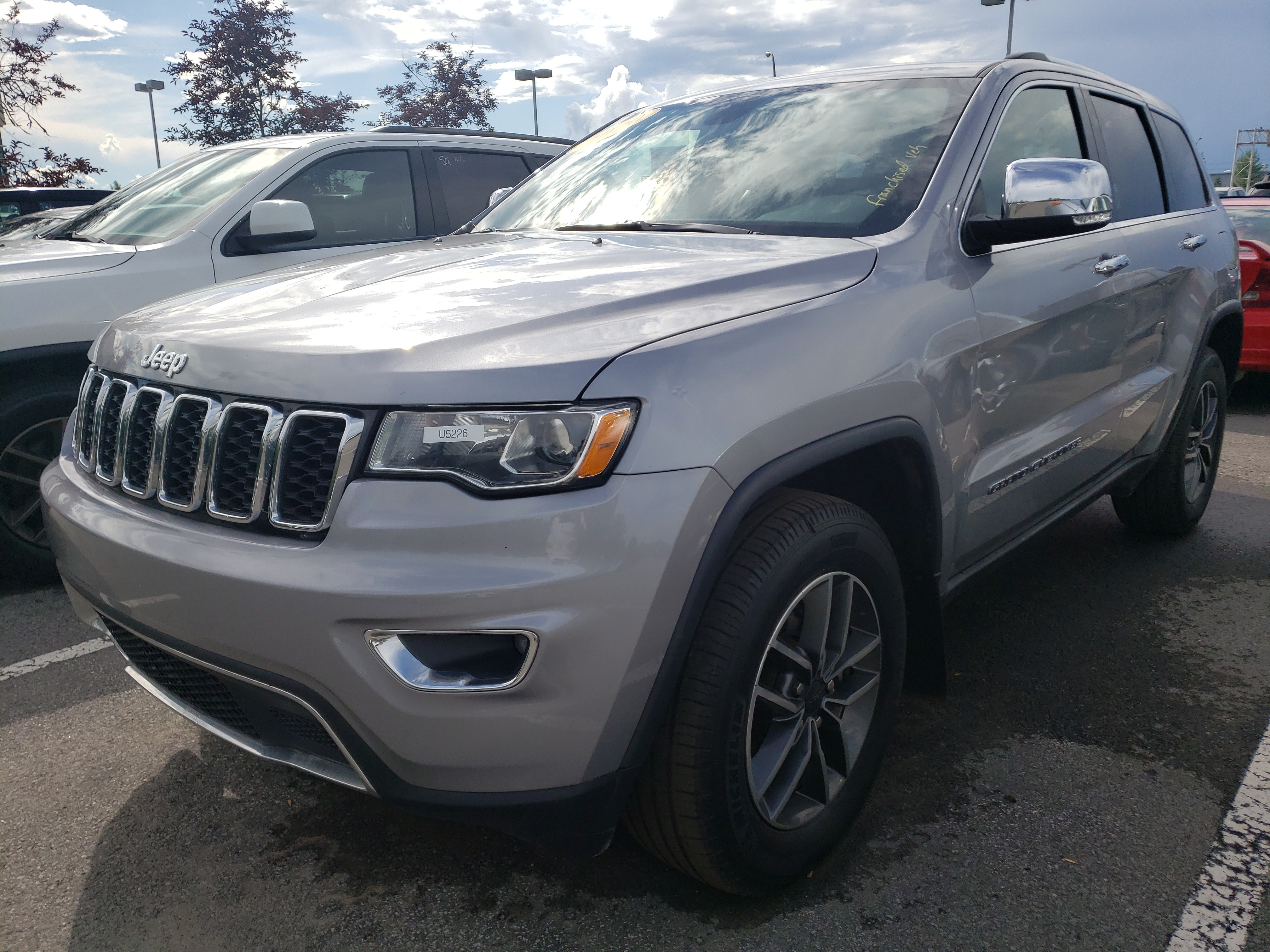 2020 Jeep  Grand Cherokee LIMITED. SIEGES ET VOLANT CHAUFFANTS,