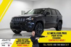 2021 Jeep Grand Cherokee Altitude «Black on Black» avec attache remorque et VUS