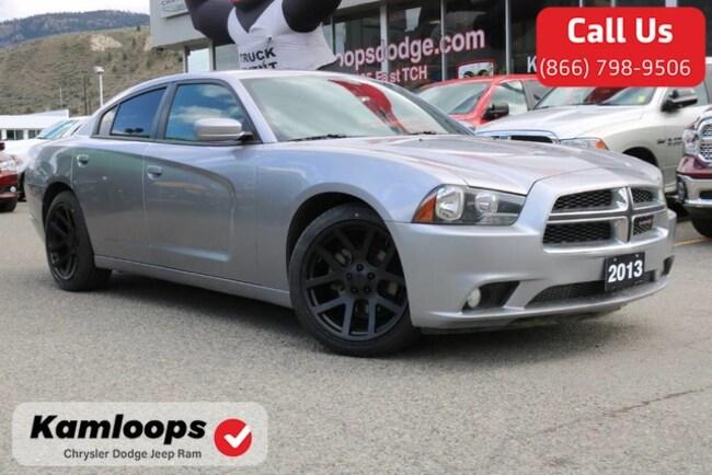 2013 Dodge Charger SXT /Bluetooth//Heatedseats//Keylessentry/ Sedan