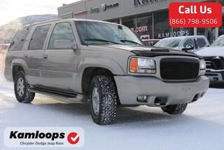 2000 Cadillac Escalade Base SUV 1GYEK13R6YR123917