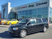2018 Dodge Grand Caravan SXT - Cloth Van