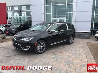 2019 Chrysler Pacifica Limited 2WD