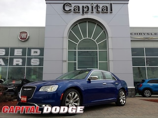 2018 Chrysler 300 300 Limited RWD