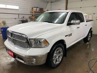 2017 Ram 1500 4x4 Laramie ECODIESEL Crew Cab