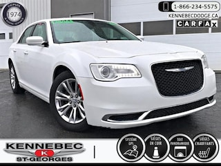 2015 Chrysler 300 4dr Sdn Touring RWD Berline