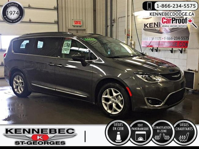 2018 Chrysler Pacifica Touring-L Plus 2WD