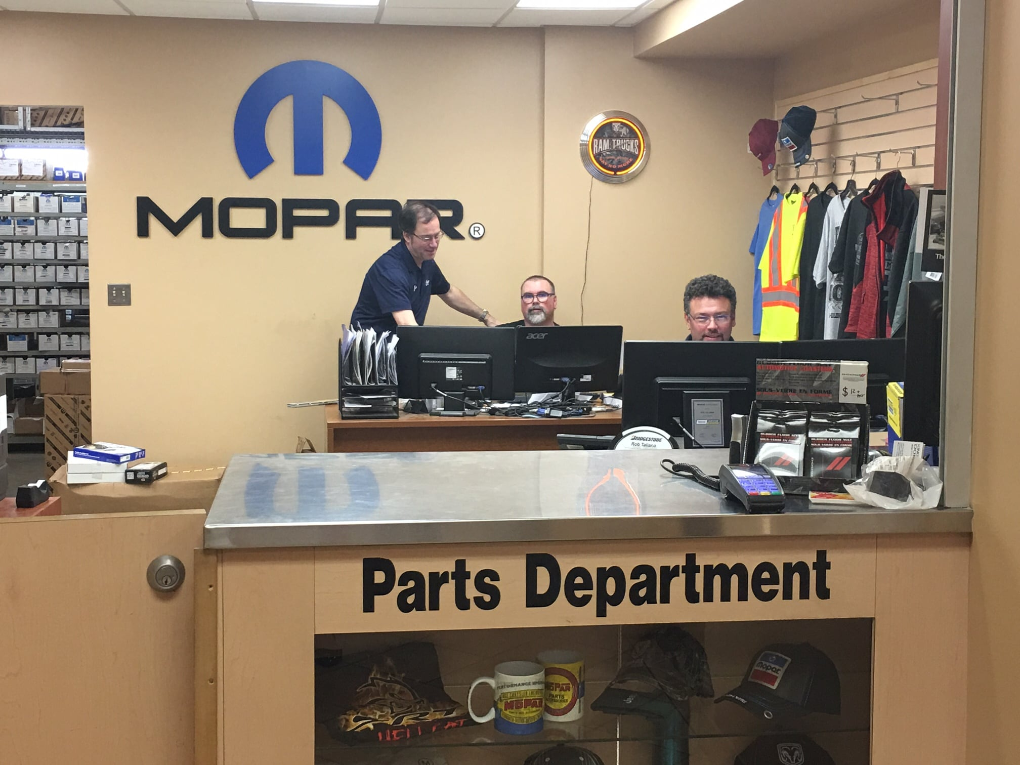 dealership woodbridge service virginia collision lustine jeep dodge department parts custom extreme va dealer reviews
