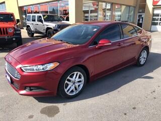 2016 Ford Fusion SE - Backup Cam, Heated Seats, Power Seat! Sedan