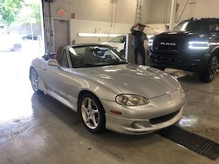 2002 Mazda Miata MX-5**Convertible**BAS KM**Cuir ET Toit Brun** Décapotable ou cabriolet