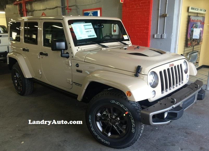photos des mod les de jeep wrangler disponibles laval. Black Bedroom Furniture Sets. Home Design Ideas