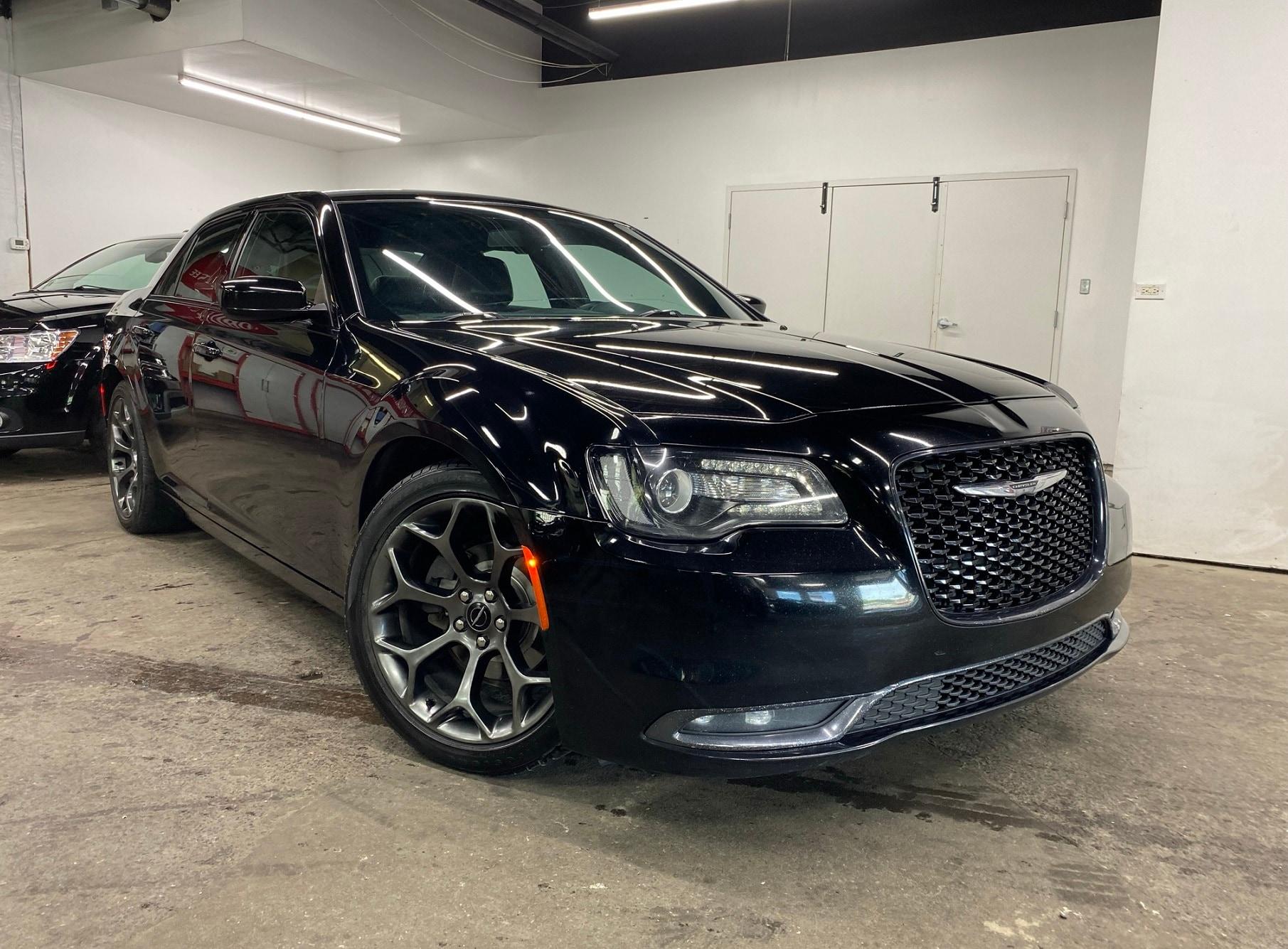 Chrysler 300 S V6 RWD CUIR CAMERA BLUETOOTH A/C MAGS 2017