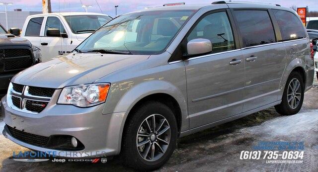 2017 Dodge Grand Caravan SE Mini-Van