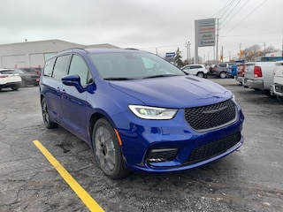 2021 Chrysler Pacifica Touring-L Van for sale in Leamington, ON Ocean Blue Metallic
