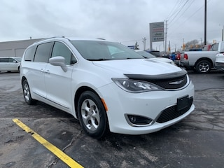 2017 Chrysler Pacifica TOURING-L PLUS|LOCAL TRADE|LEATHER|NAVIGATION|STOW Van for sale in Leamington, ON White