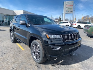 2021 Jeep Grand Cherokee 80th Anniversary Edition 4x4 for sale in Leamington, ON Diamond Black Crystal Pearl