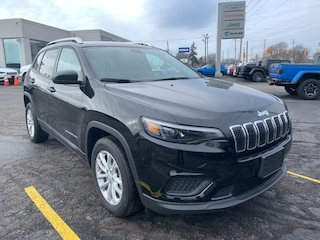 2020 Jeep Cherokee Sport SUV for sale in Leamington, ON Diamond Black Crystal Pearl