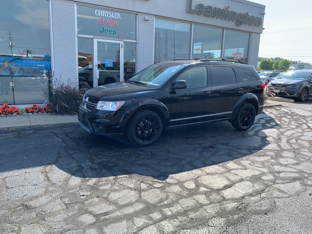 2015 Dodge Journey SXT LOCAL TRADE ONE OWNER SUNROOF NAVIGATION DVD SUV