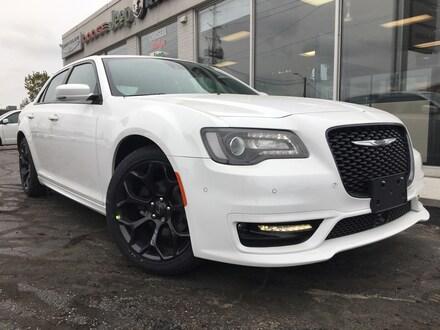 2019 Chrysler 300 S Sedan for sale in Leamington, ON Bright White