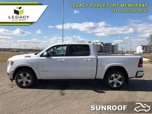 2019 Ram 1500 Laramie - Hemi V8 - Sunroof - Leather Seats Crew Cab