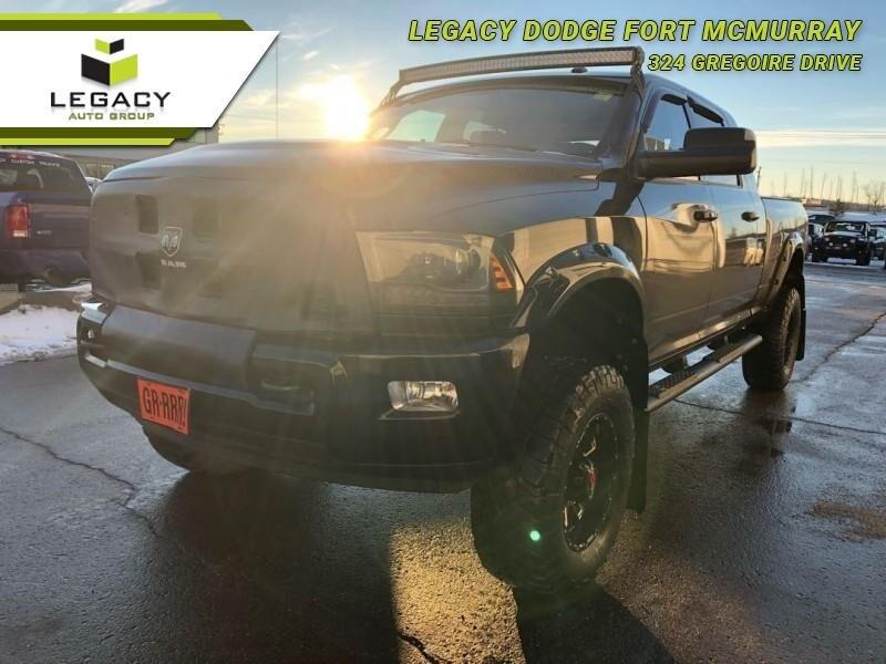 2015 Ram 2500 Laramie - Leather Seats -  Bluetooth Cabine Crew