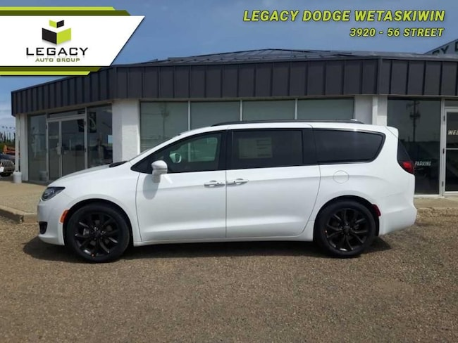 2019 Chrysler Pacifica Limited - Sunroof -  Navigation SUV