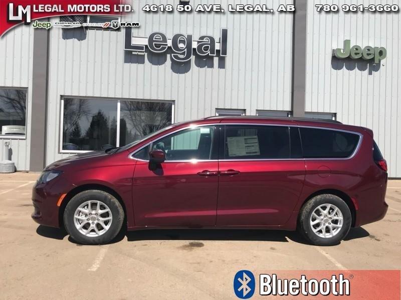 2017 Chrysler Pacifica LX - Bluetooth Van