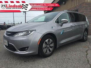 2018 Chrysler Pacifica Hybrid Limited - Navigation Van