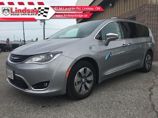 2018 Chrysler Pacifica Hybrid Limited - Navigation Van