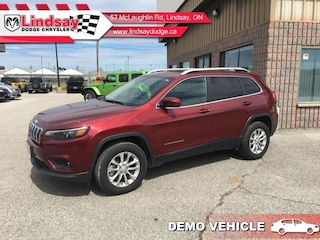 2019 Jeep Cherokee North ** Demo Vehicle ** Low KMS! Call Today! SUV