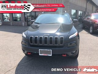 2017 Jeep Cherokee Trailhawk ** Demo Vehicle ** Save $$ - Low KMS SUV