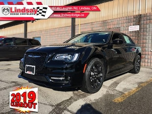 2019 Chrysler 300 S - Leather Seats - Navigation Sedan