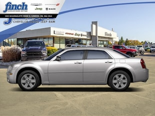 2010 Chrysler 300 Touring - Fog Lamps -  Power Windows Sedan