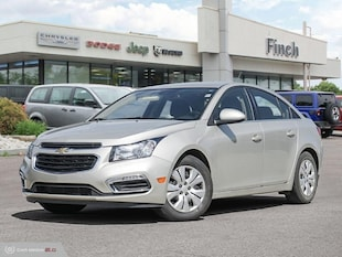 2015 Chevrolet Cruze 1LT - Bluetooth -  Siriusxm - $113.83 B/W Sedan