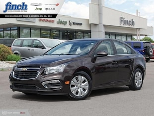 2015 Chevrolet Cruze 1LT - Bluetooth -  Siriusxm - $110 B/W Sedan