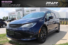 2020 Chrysler Pacifica Limited Van
